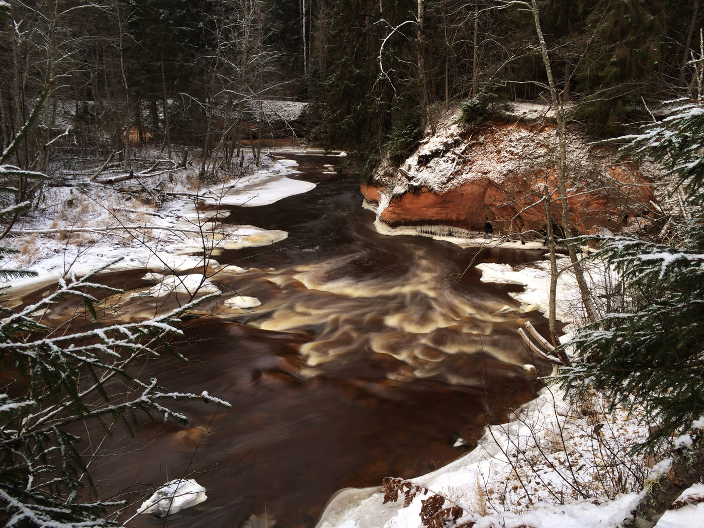 Blogpost: 10 Tips For Taking Stunning Landscape Photos With Your iPhone - Emil Pakarklis