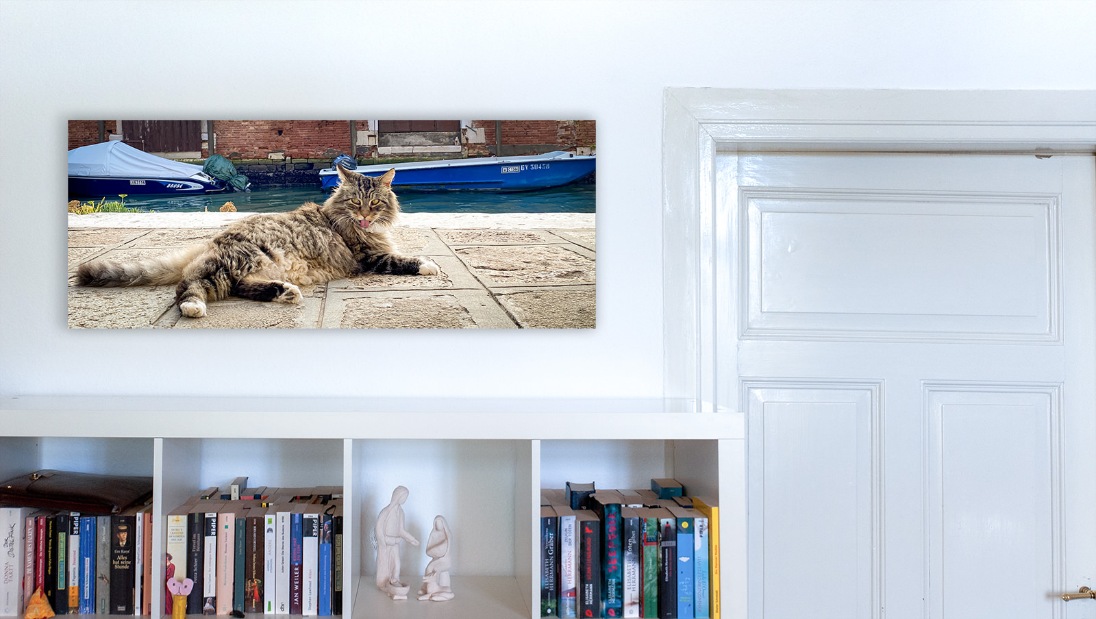 Bookshelf Cat Pano Wall Decor